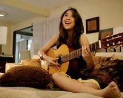 11 Manfaat Bermain Gitar bagi Otak, Kesehatan dan Sosial