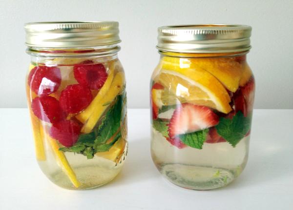 10 Manfaat Infused Water Bagi Kesehatan