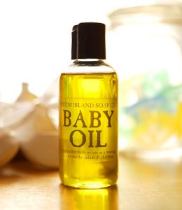 manfaat baby oil
