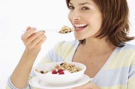 15 Manfaat Mengunyah Makanan lama Sampai Halus