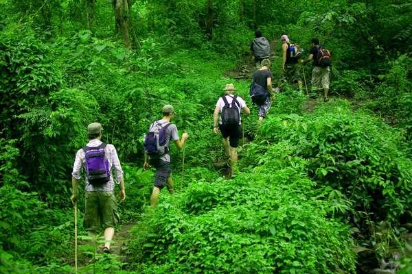 14 Manfaat Mendaki Gunung Bagi Kesehatan Tubuh dan Hiburan